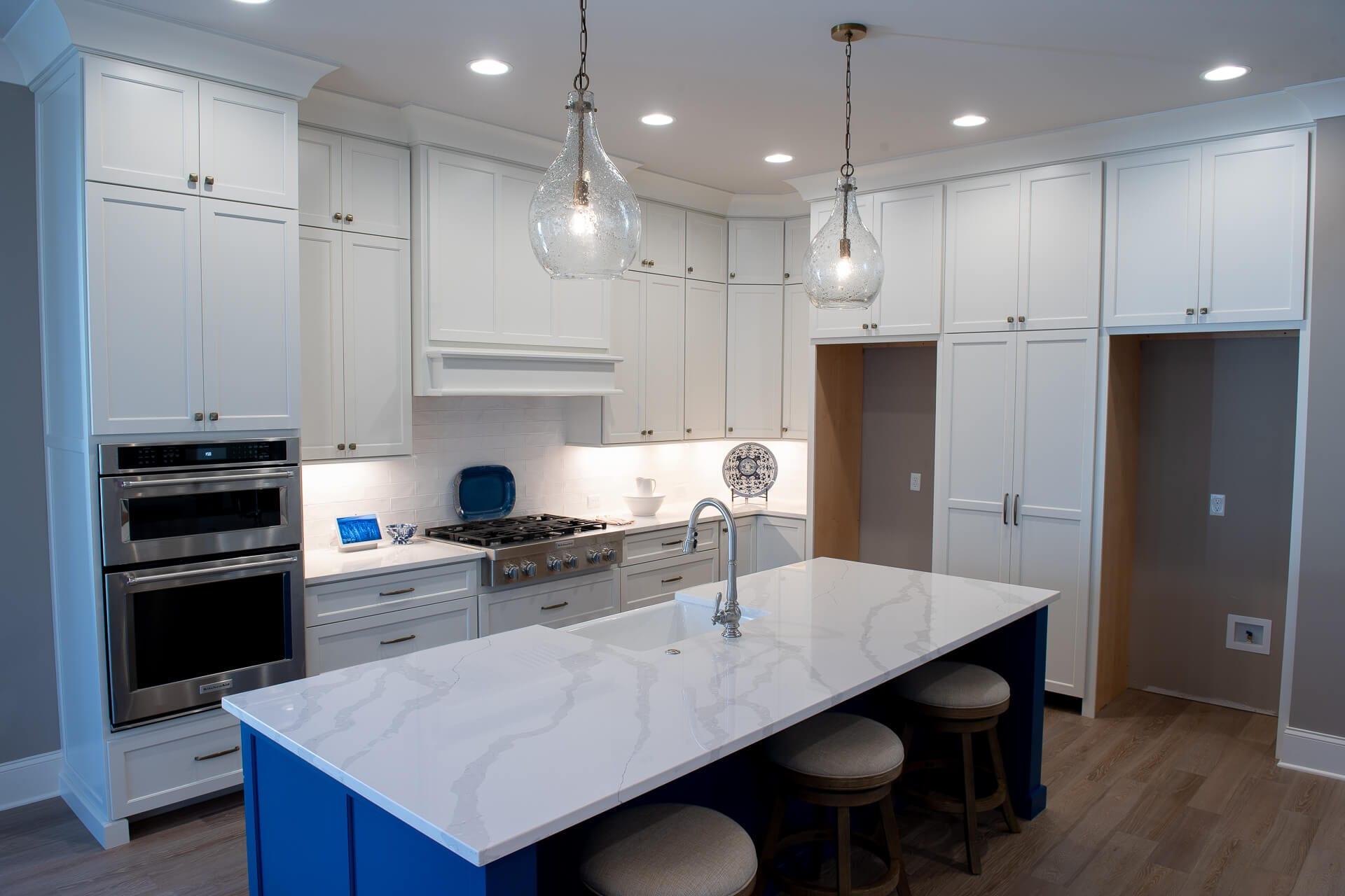 Gallery 9 of a Kitchen Remodel by Magnolia Countertops. A Countertop fabricator of Granite Countertops, Marble Countertops, and Quartz Countertops in Cookeville and Crossville TN.