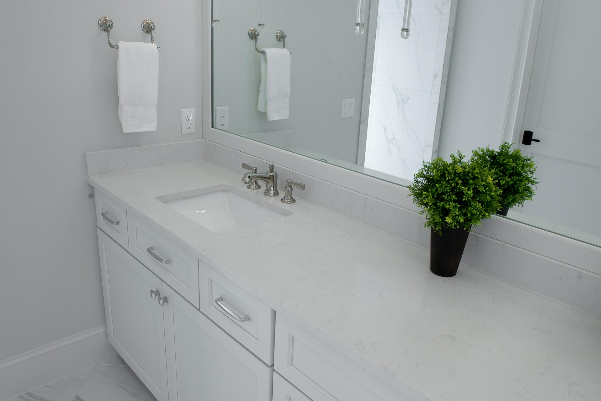 nd5 1117 Bathroom Vanities by Magnolia Countertops, Countertop Fabrication, Countertop Replacement and Repair in Cookeville and Crossville TN.