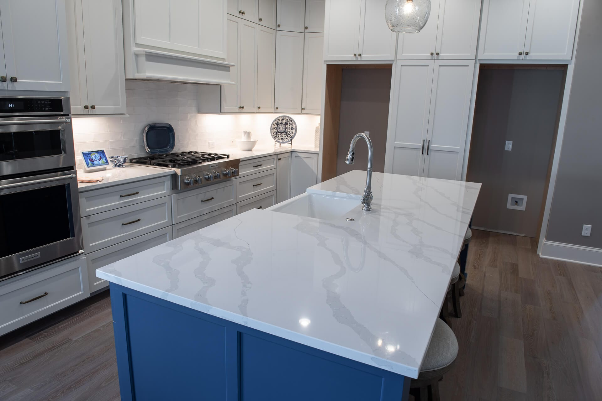 Gallery 8 of a Kitchen Remodel by Magnolia Countertops. A Countertop fabricator of Granite Countertops, Marble Countertops, and Quartz Countertops in Cookeville and Crossville TN.